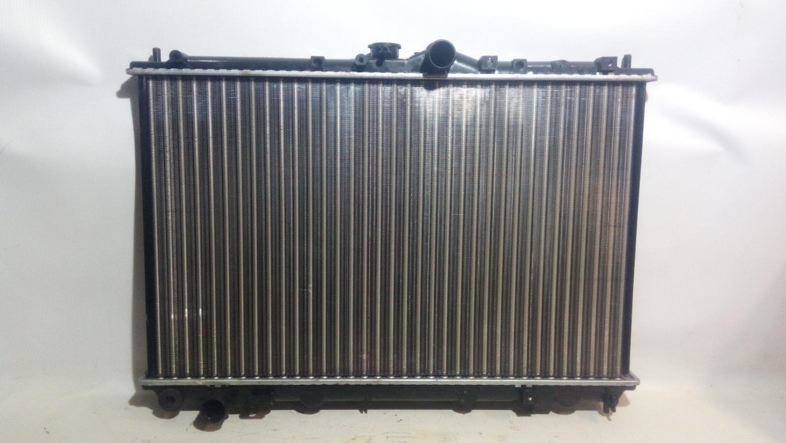 Радиатор охлаждения двигателя Mitsubishi Carisma DA1A 4G92 1997