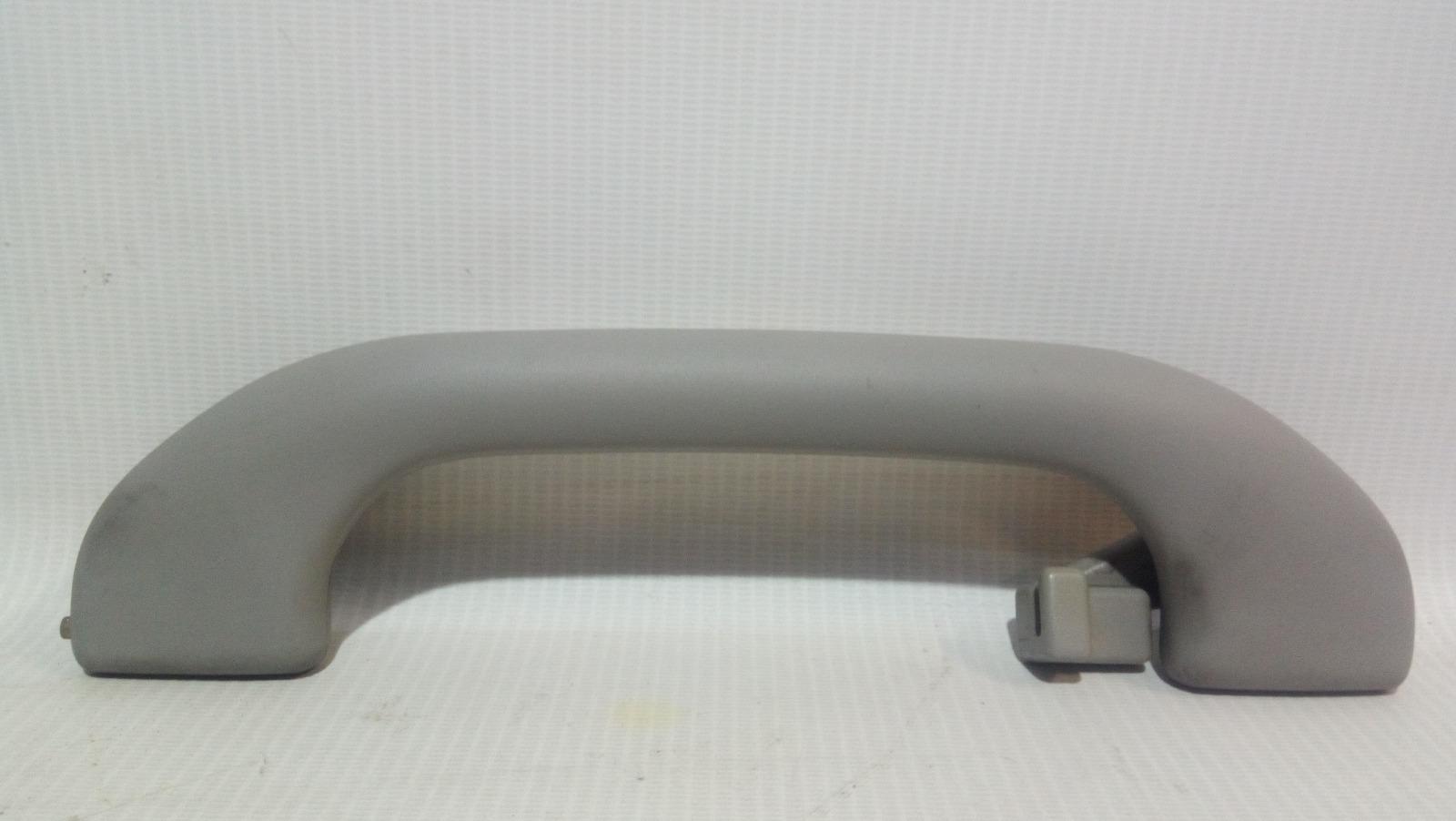 Ручка салона Mitsubishi Carisma DA1A 4G92 1997 задняя правая