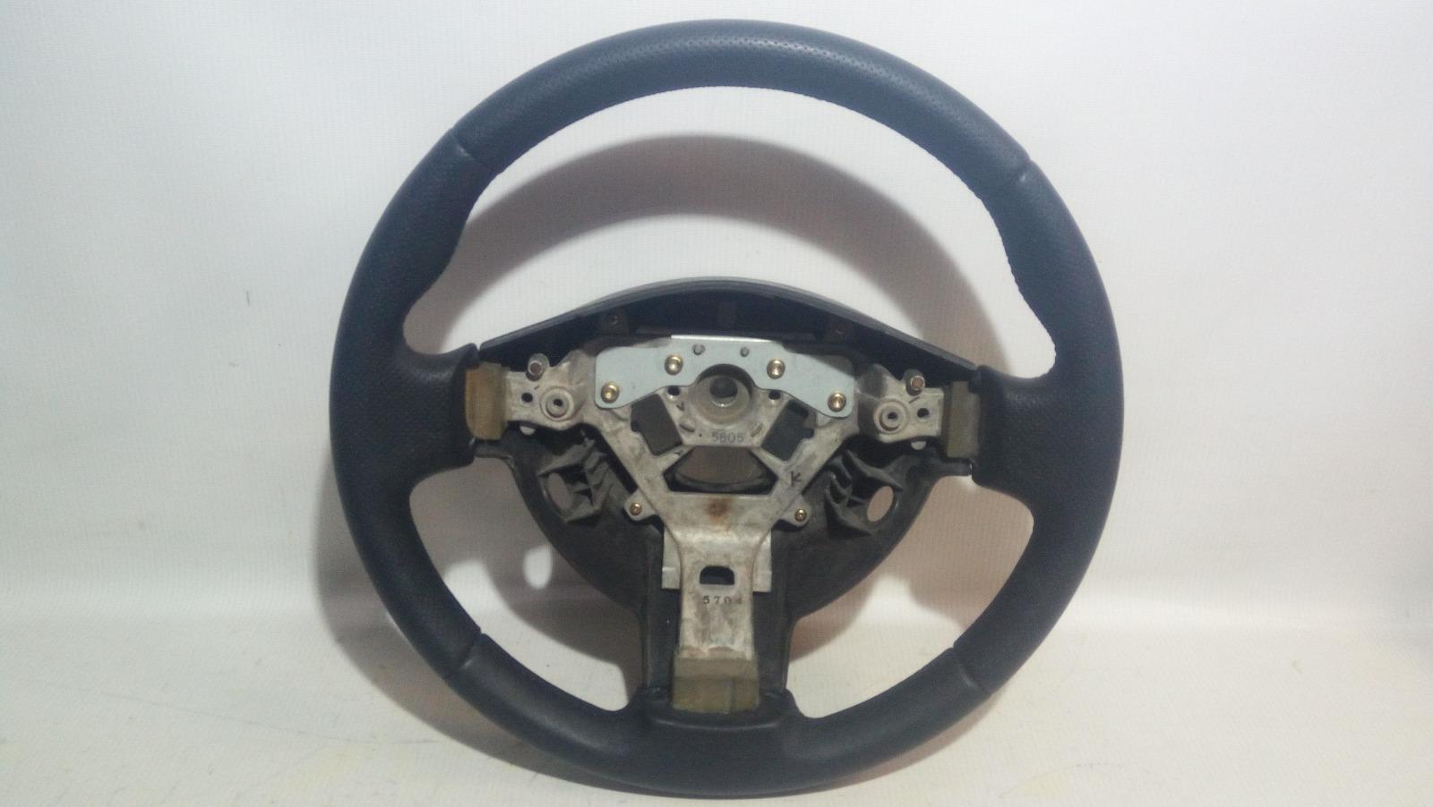 Руль Nissan Serena C25 MR20DE 2005