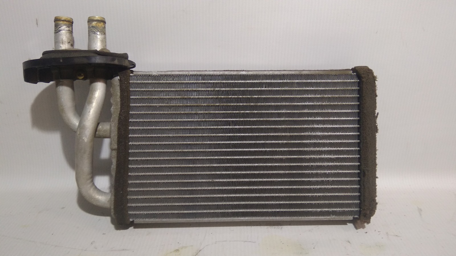 Радиатор отопителя Mitsubishi Airtrek CU4W 4G64 2002