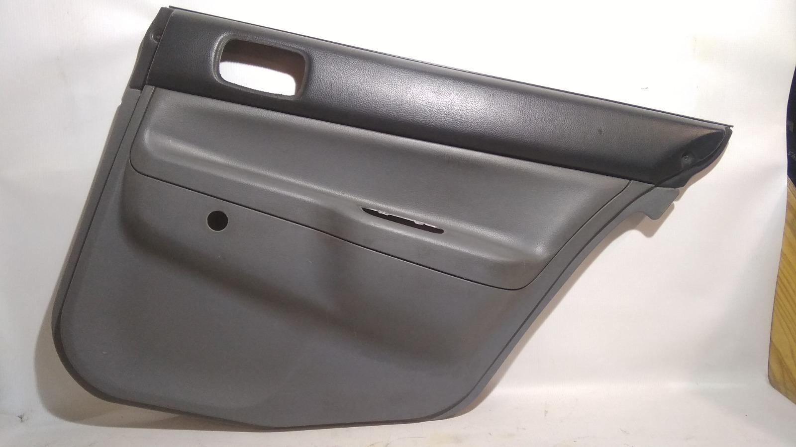 Обшивка двери Mitsubishi Lancer CS2V 4G15 2005
