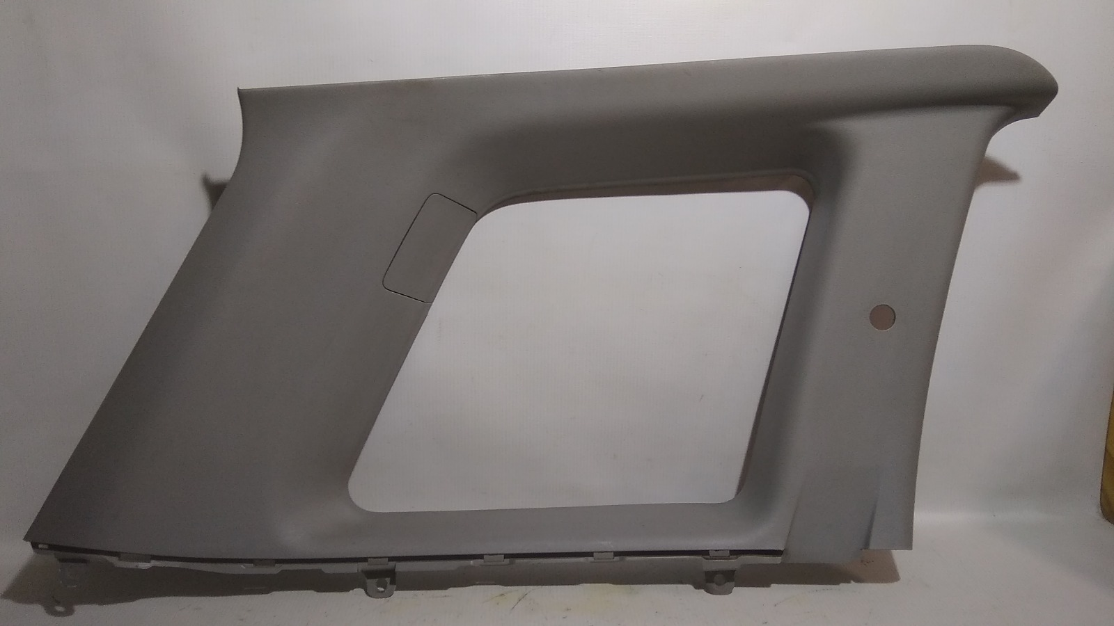 Обшивка багажника Mitsubishi Airtrek CU4W 4G64 2002 задняя левая верхняя