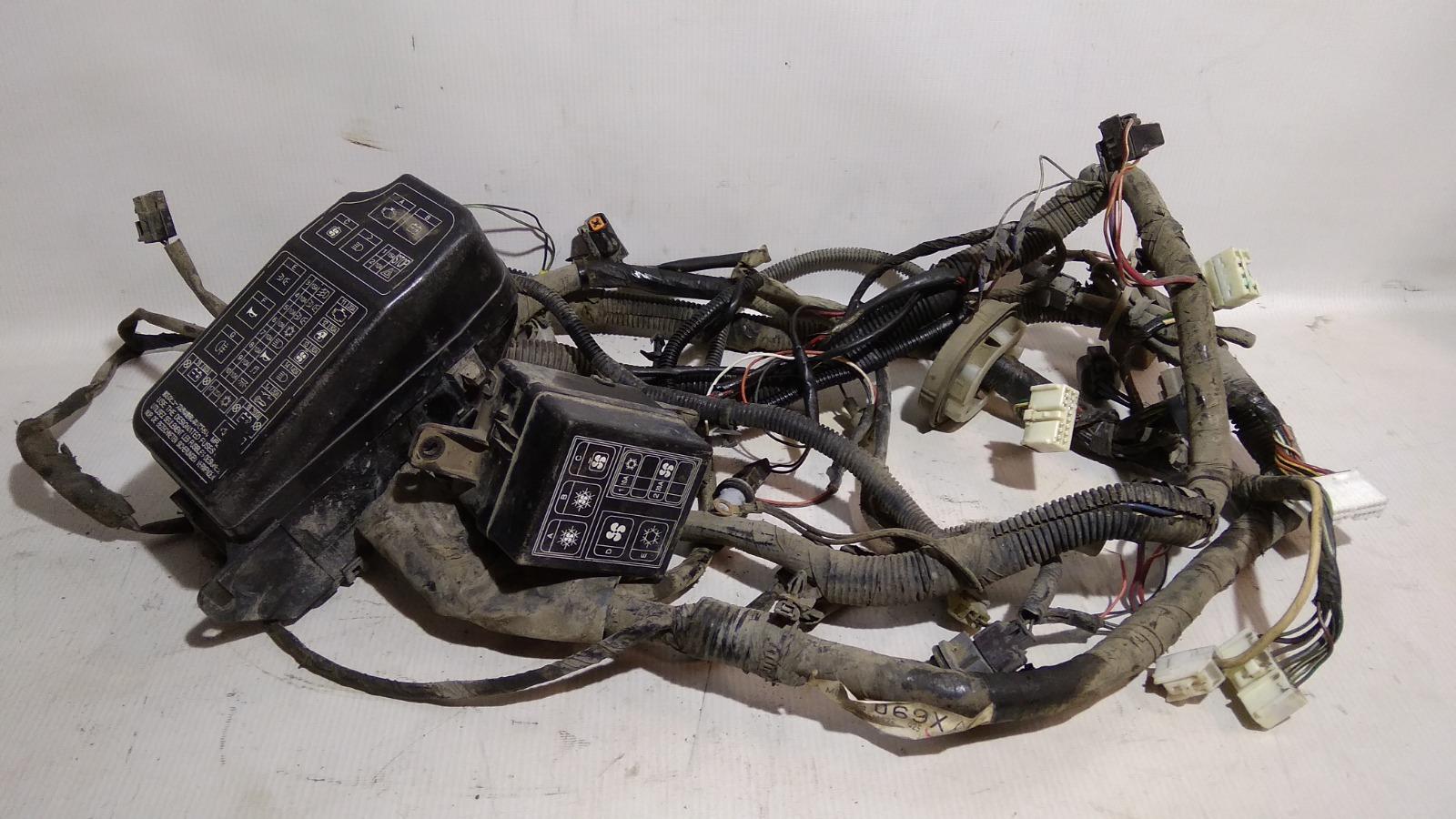 Проводка (коса) подкапотная Mitsubishi Lancer CK2A 4G15 1999