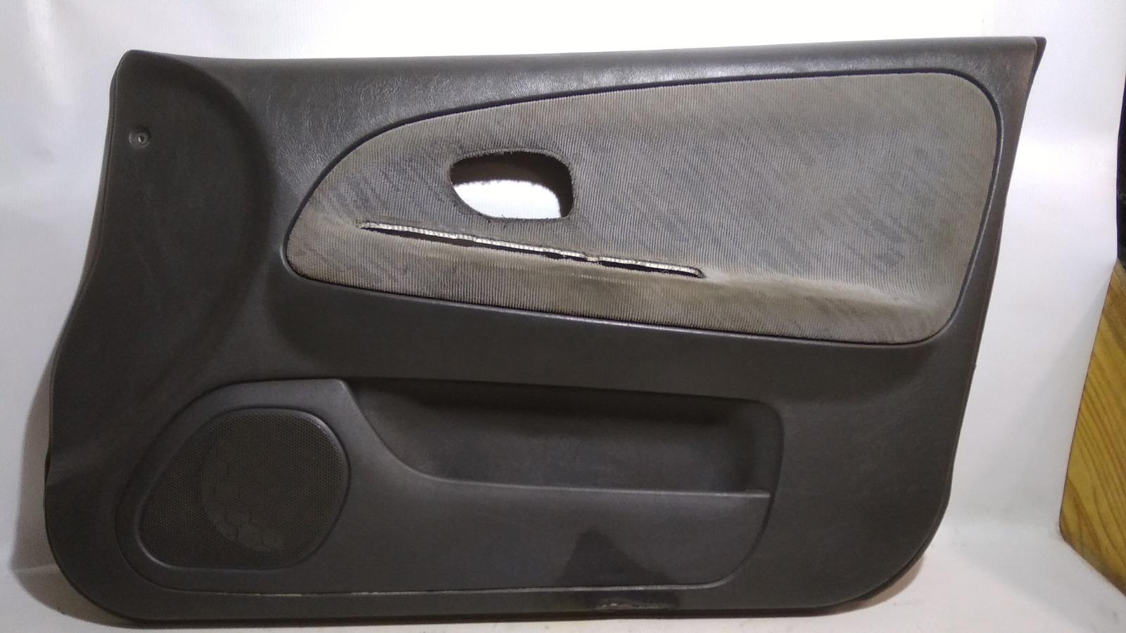 Обшивка двери Mitsubishi Lancer CK2A 4G15 1999 передняя правая
