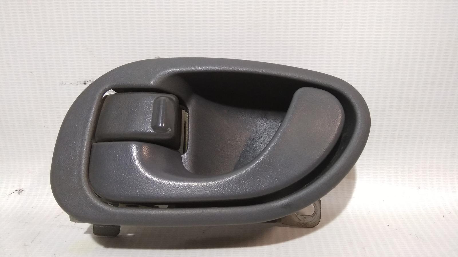 Ручка двери внутренняя Mitsubishi Lancer CK2A 4G15 1999 передняя левая
