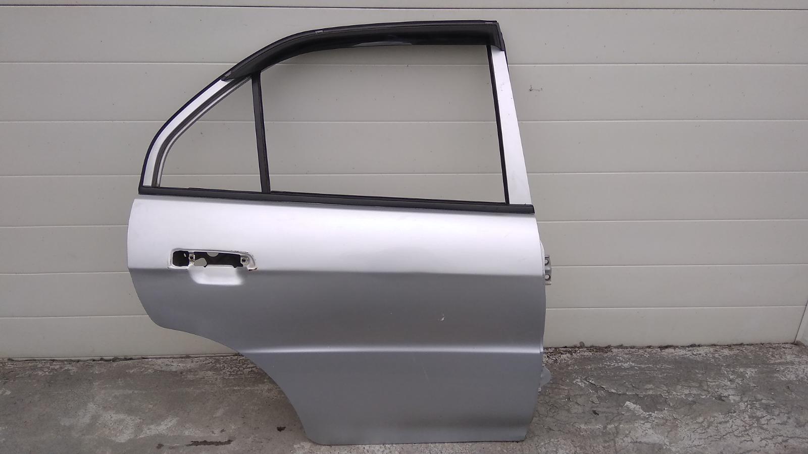 Дверь Mitsubishi Lancer CK2A 4G15 1999 задняя правая