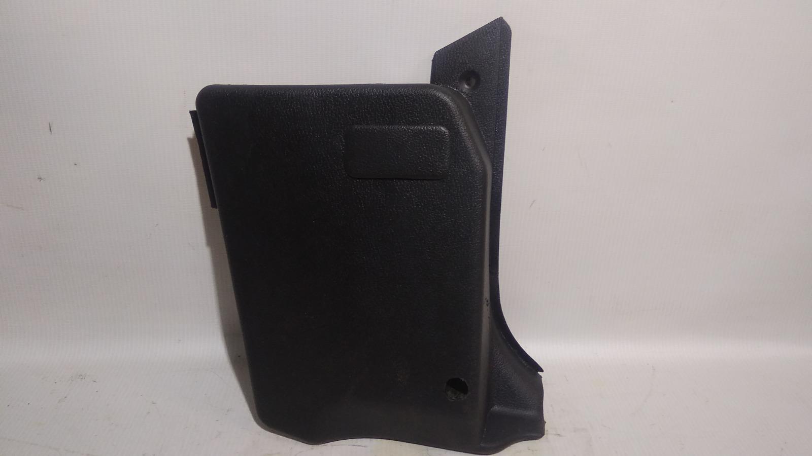 Обшивка, панель салона Daewoo Nexia KLETN A15SMS 2012 передний правый нижний