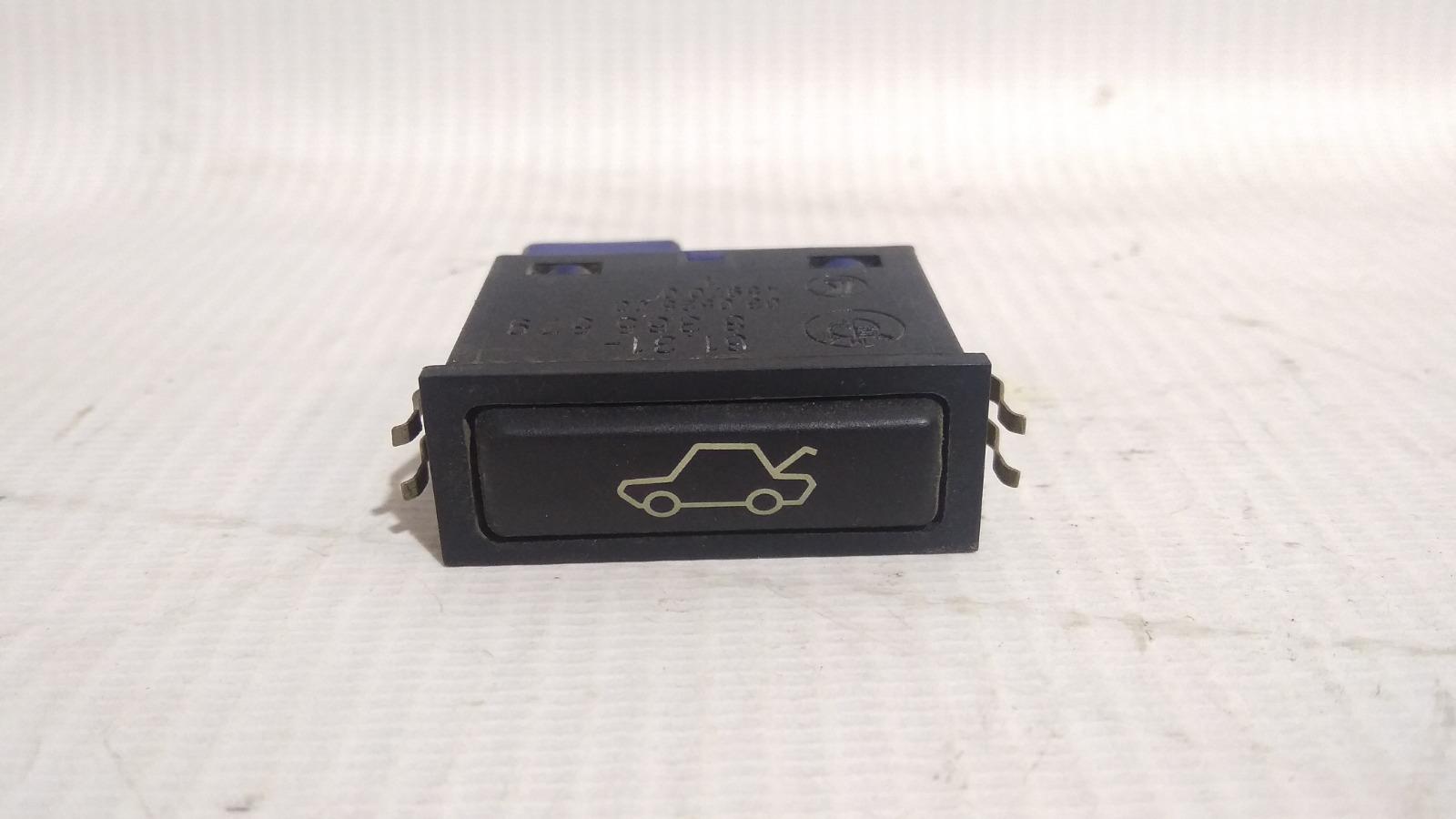 Кнопка открывания багажника Bmw 5-Series E39 M52B25