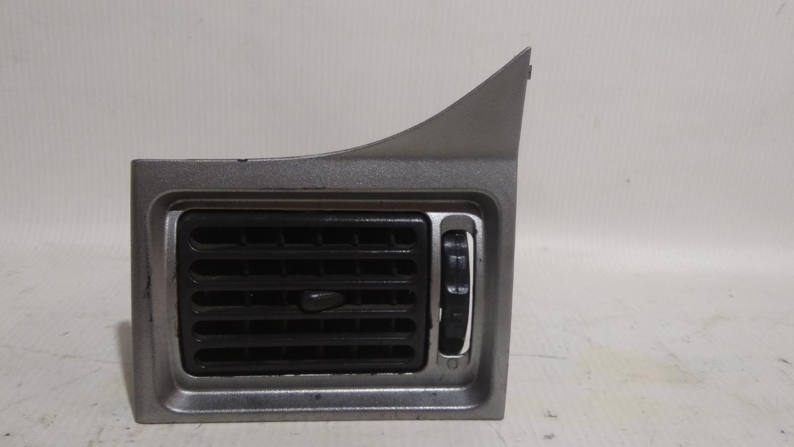 Решетка вентиляционная Daewoo Nexia KLETN A15SMS 2012 левая