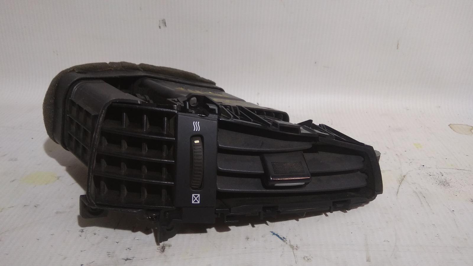 Решетка вентиляционная Kia Ceed ED G4GC 2007 правая