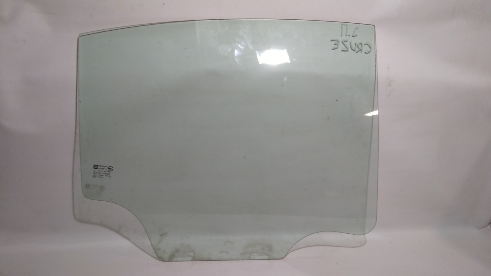 Стекло боковое Chevrolet Cruze J305 F16D4 2012 заднее правое