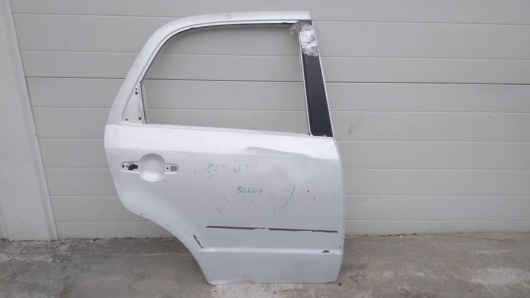 Дверь Suzuki Sx4 GYA M16A 2010 задняя правая