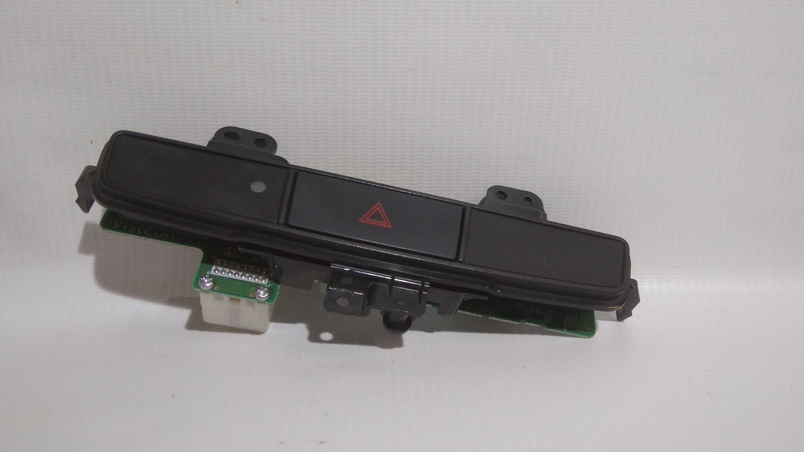 Кнопка включения аварийной сигнализации Mitsubishi Galant Fortis Ralliart CY4A 4B11 2009