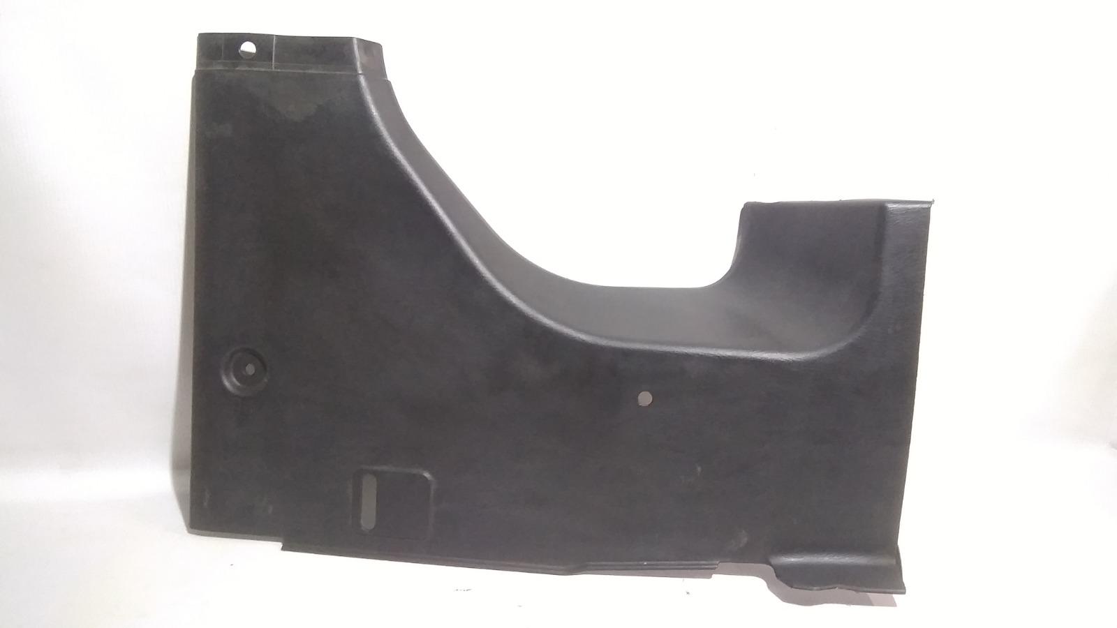 Обшивка багажника Nissan Cefiro A33 VQ20DE 2000 задняя правая