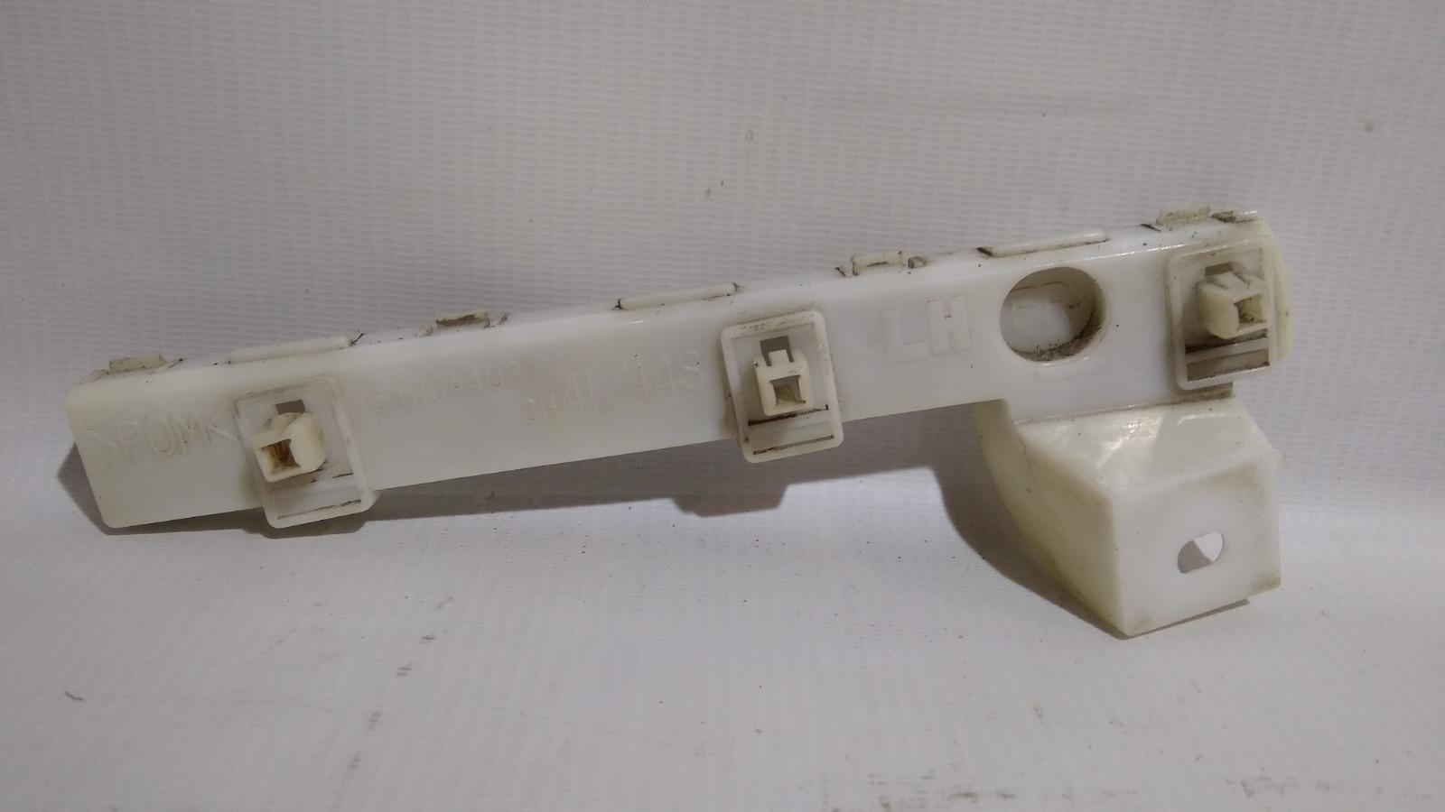 Крепление бампера Mitsubishi Galant Fortis Ralliart CY4A 4B11 2009 переднее левое