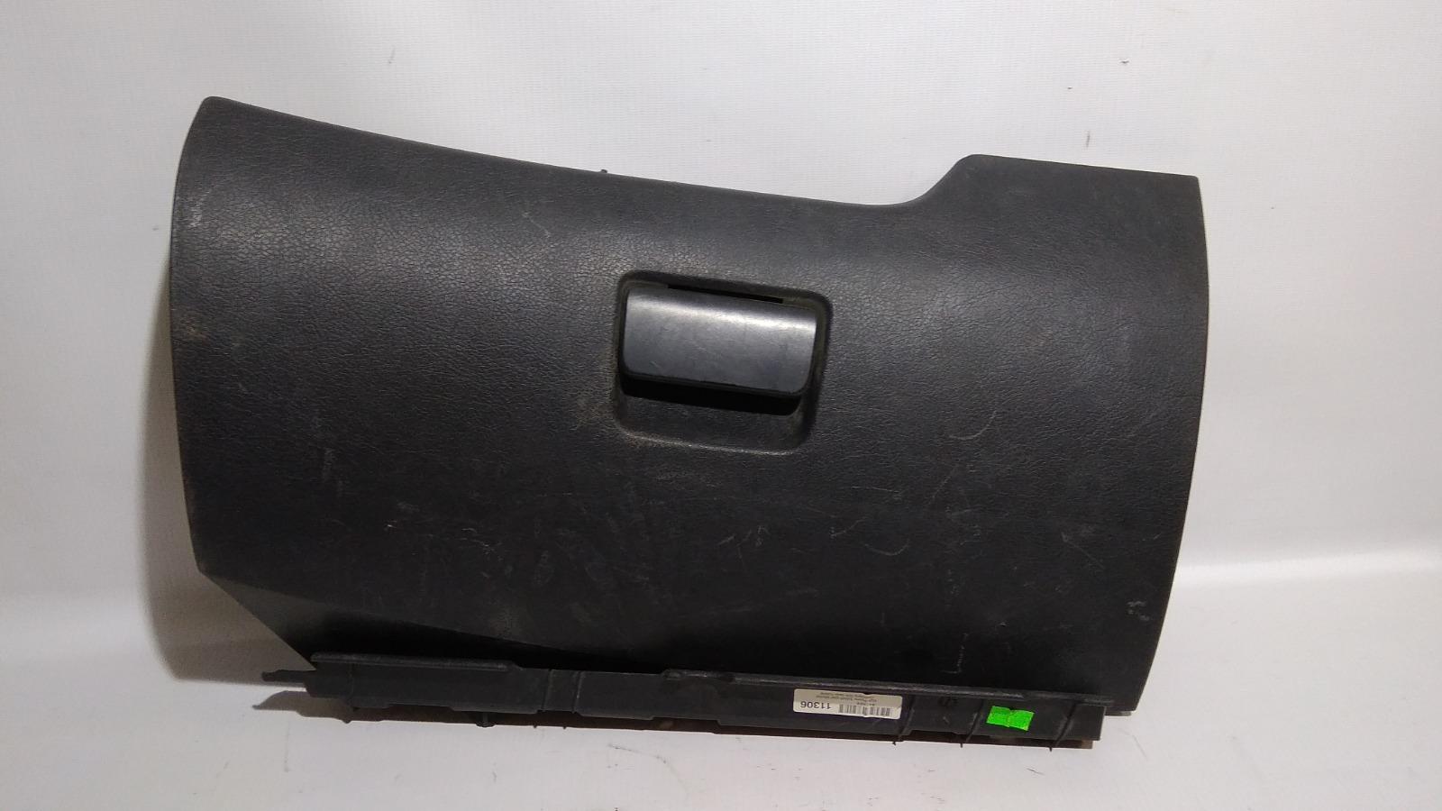 Крышка бардачка Peugeot 207 WC TU3A 2006