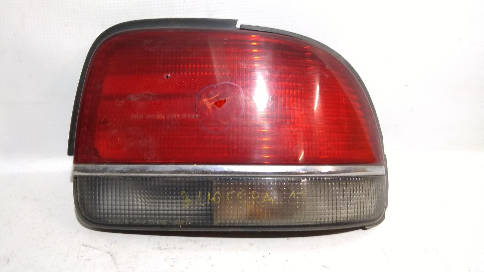 Фонарь Nissan Bluebird U13 SR18DE 1991 задний правый