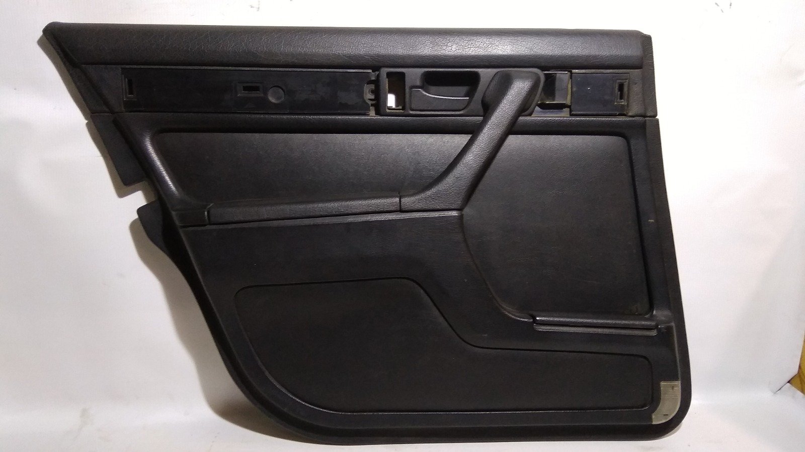 Обшивка двери Bmw 7-Series E32 M20B25 1986 задняя левая