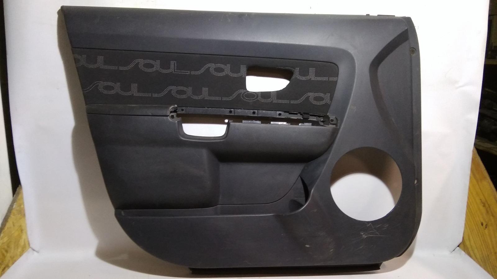Обшивка двери Kia Soul AM D4FB 2009 передняя левая
