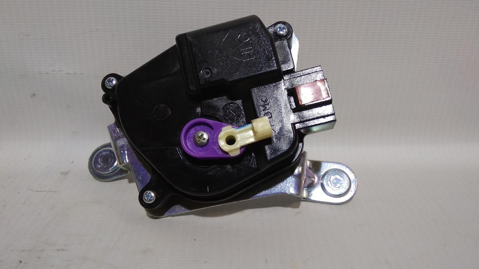 Активатор замка багажника Hyundai Solaris RB G4FC 2010>
