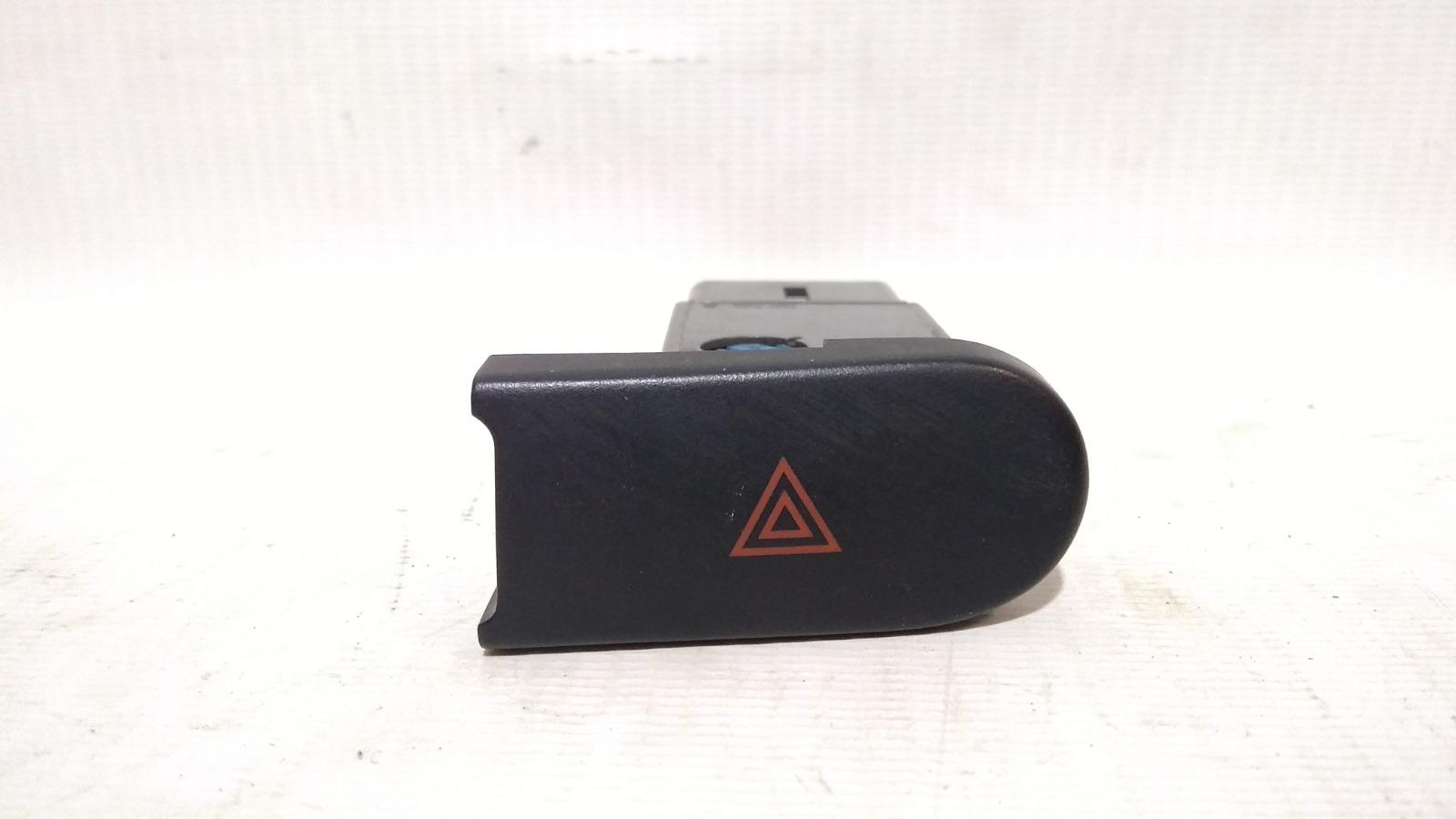 Кнопка включения аварийной сигнализации Chevrolet Lanos T100 A15SMS 2008