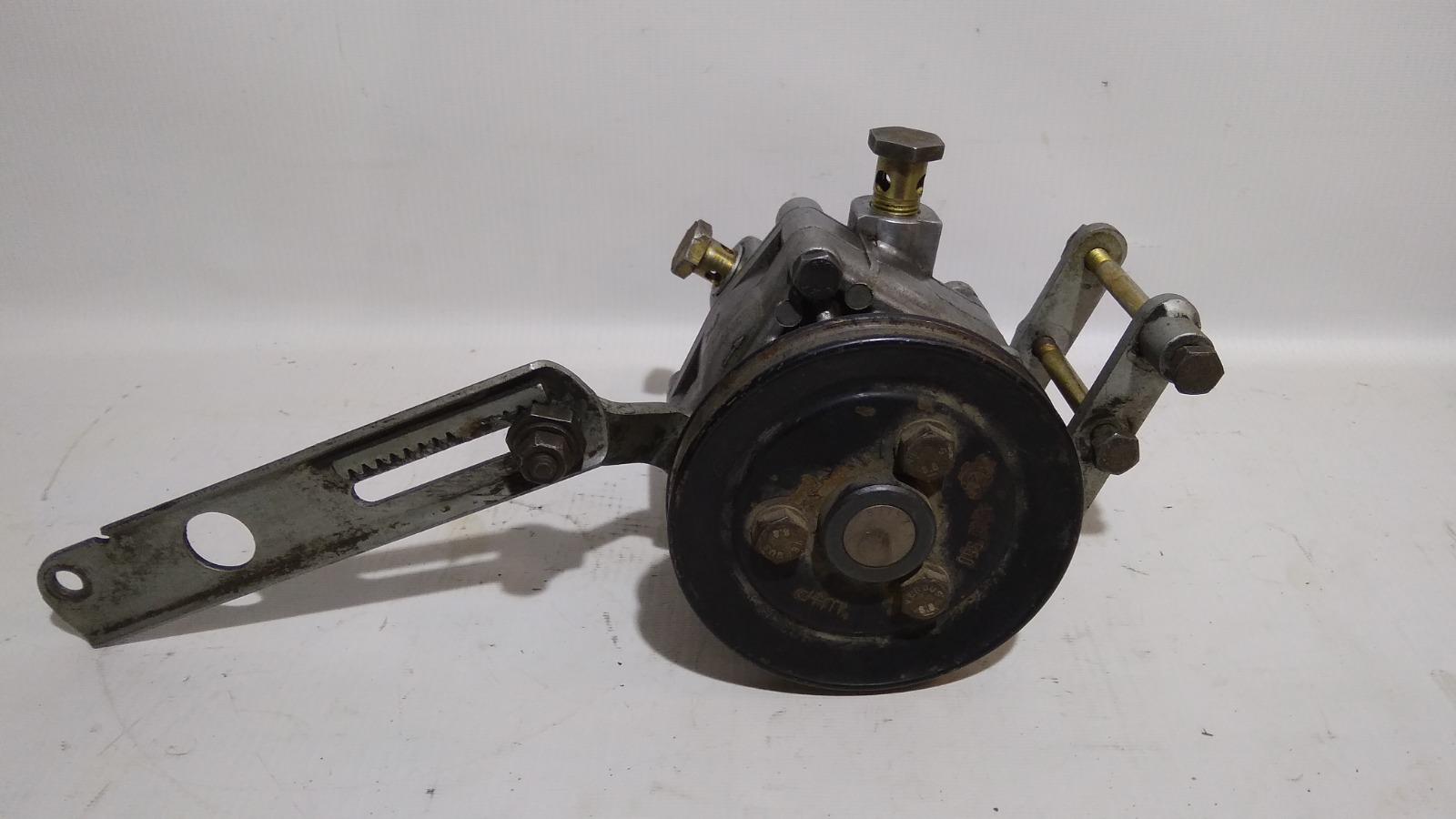 Насос гидроусилителя Bmw 5-Series Е34 1988