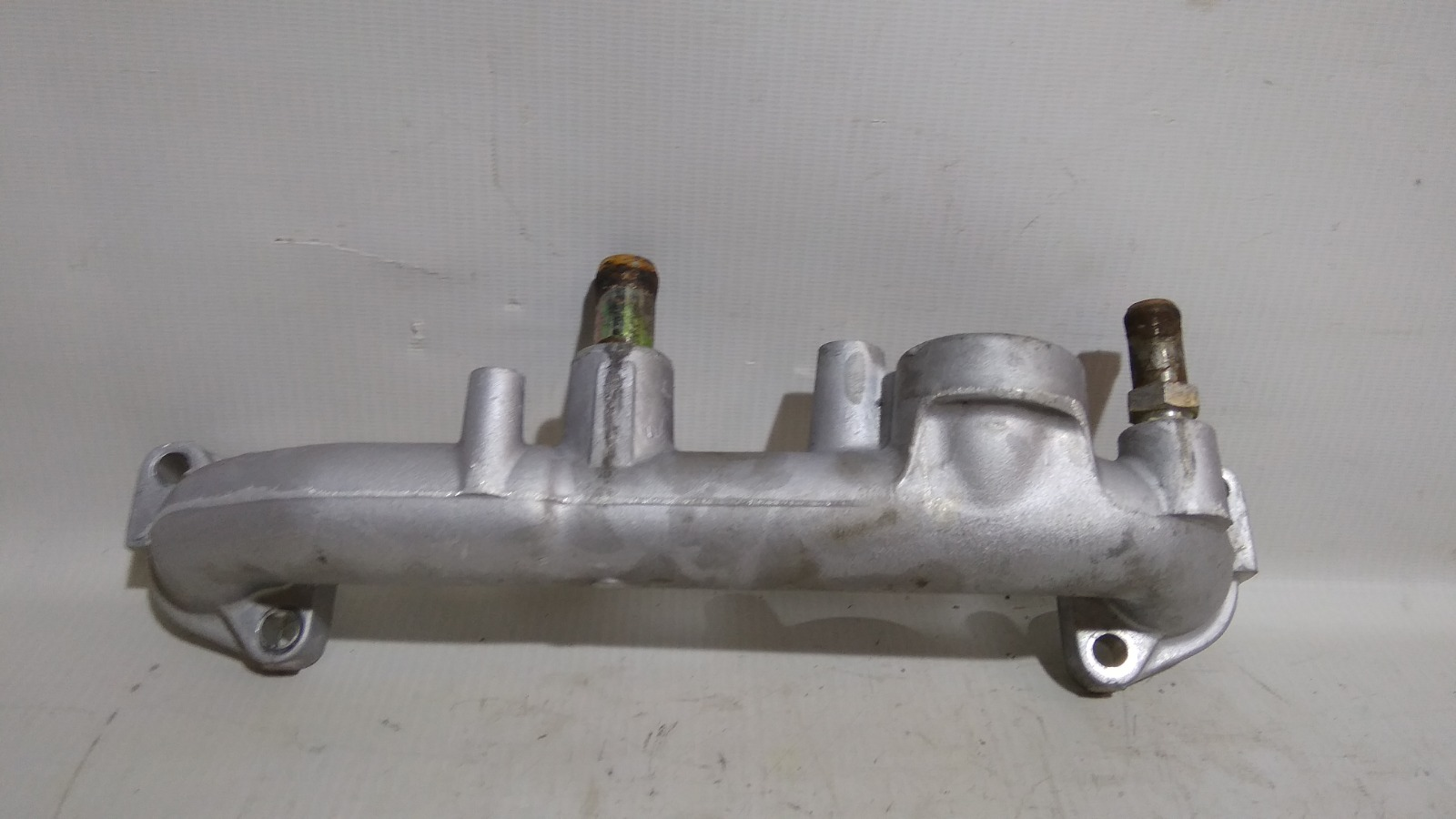 Трубка охлажд. жидкости металлическая Mitsubishi Challenger K99W 6G74 1997