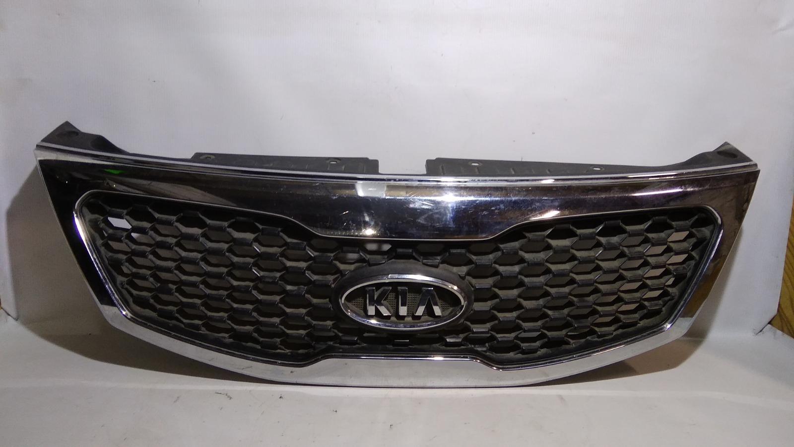 Решетка радиатора Kia Sorento XM D4HB 2009
