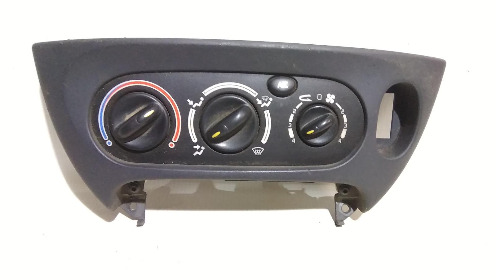 Блок управления климат-контролем Renault Megane LA E7J 1999