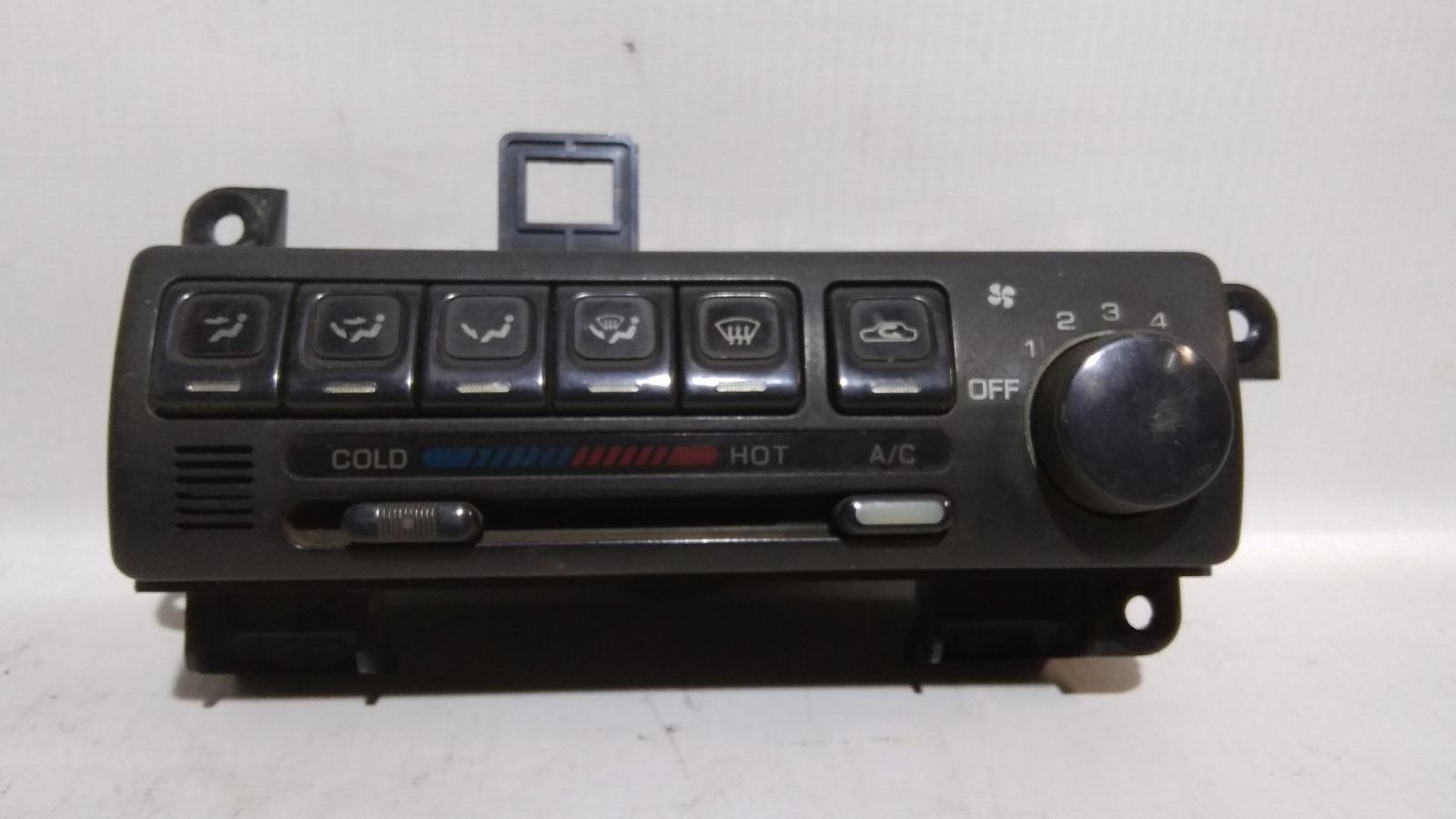 Блок управления климат-контролем Nissan Bluebird U13 GA16DS 1991