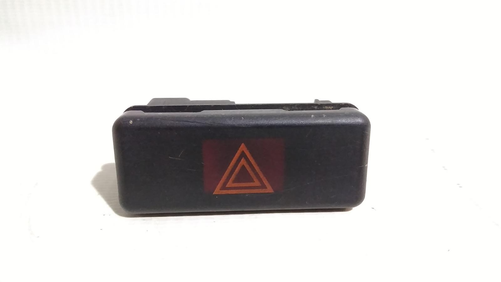 Кнопка включения аварийной сигнализации Bmw 5-Series E39 M52B25 1995