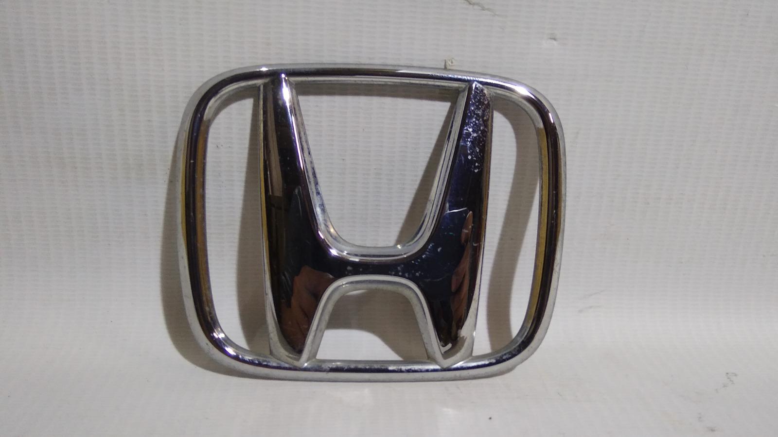 Эмблема багажника Honda Stepwgn RG1 K20A 2007