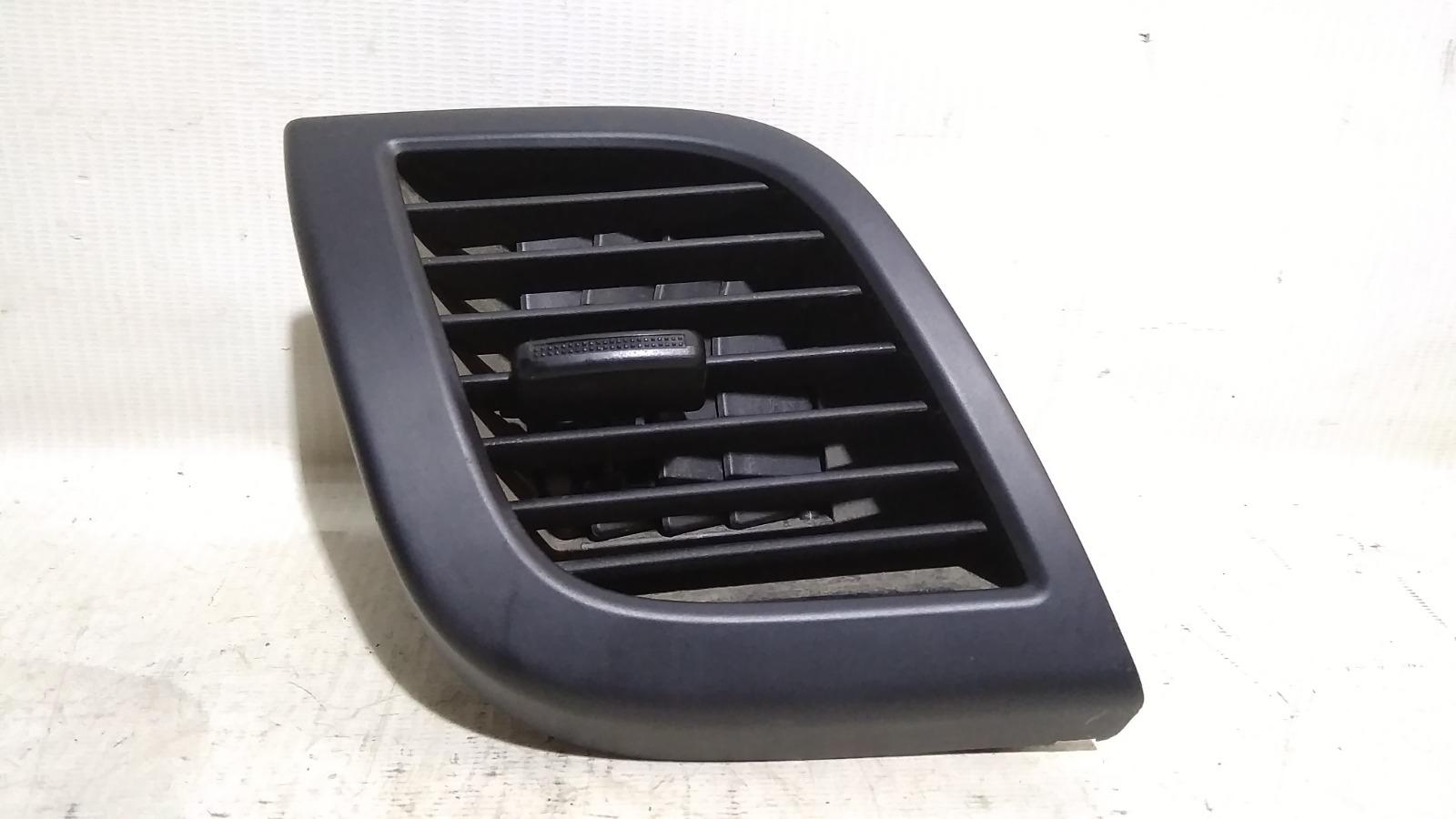 Решетка вентиляционная Hyundai Solaris RB G4FC 2010> левая