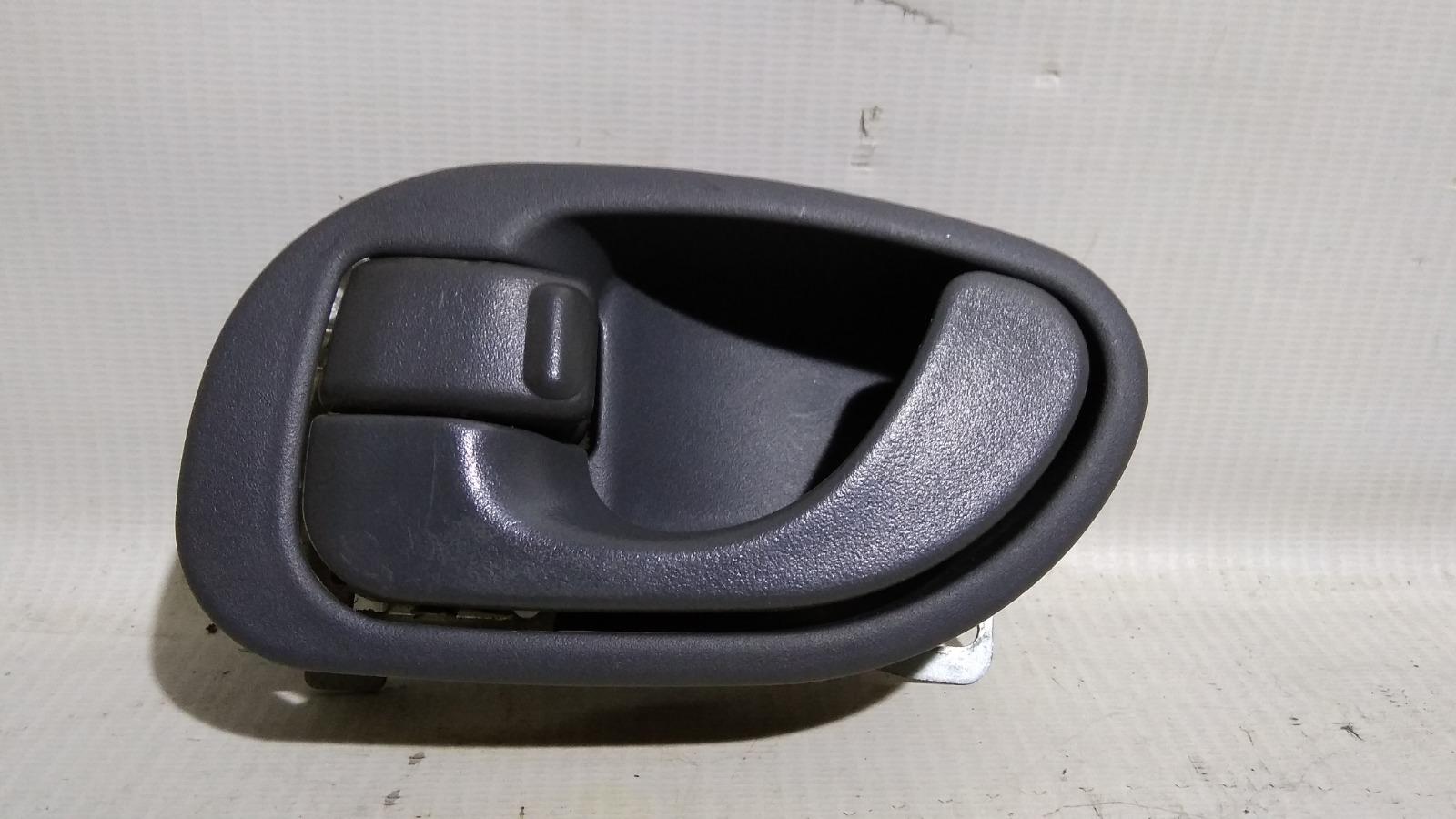 Ручка двери внутренняя Mitsubishi Lancer CM2A 4G15 1996 задняя левая