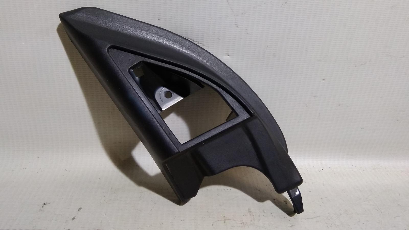 Уголок двери Mitsubishi Lancer CS1A 4G18 2003 левый
