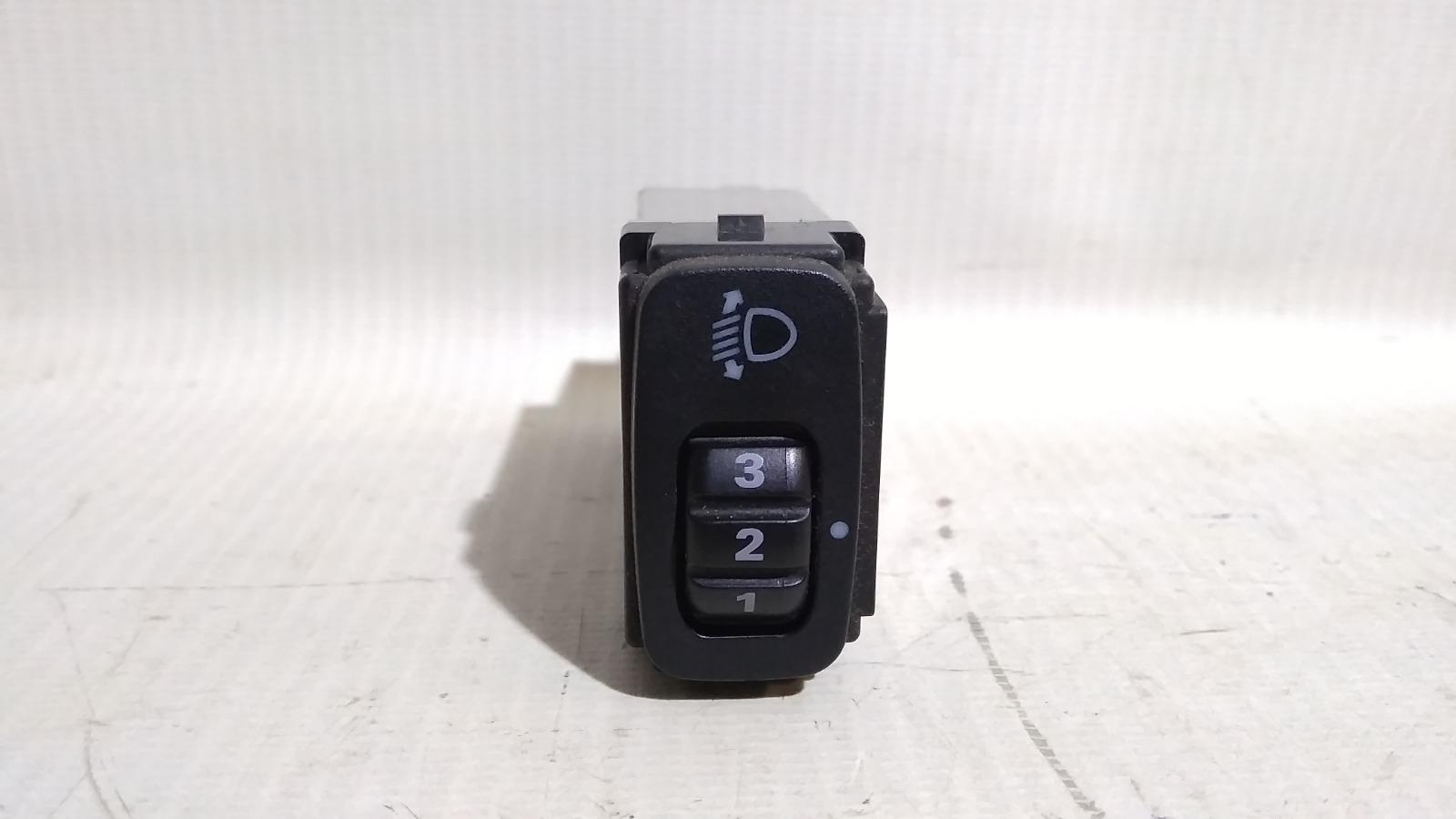 Кнопка регулировки фар Mitsubishi Lancer CY3A 4B10 2008