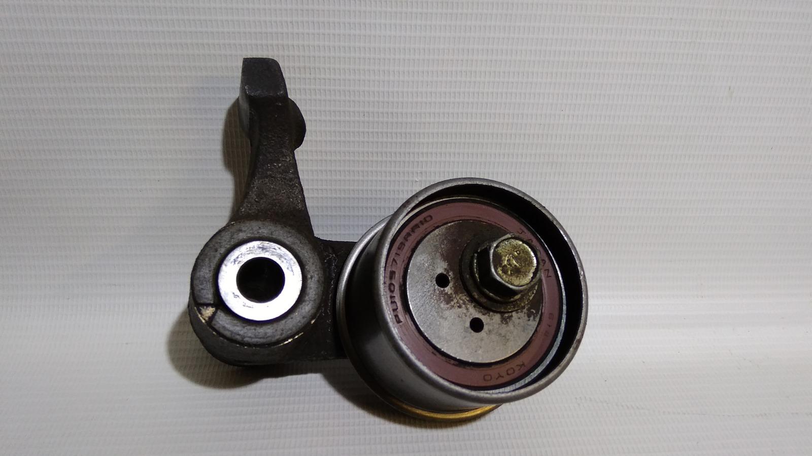 Кронштейн ролика натяжителя руч.ремня с роликом Mitsubishi Pajero Io H76W 4G93 2000