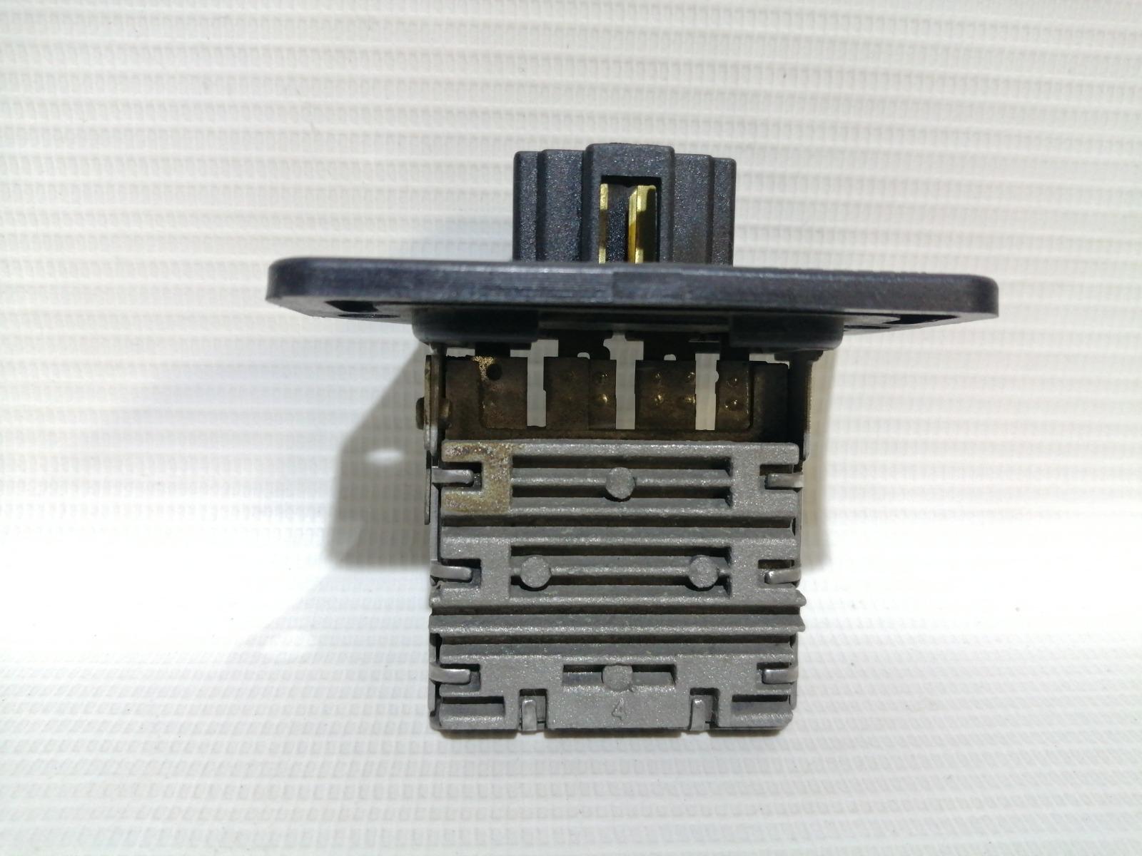 Реостат печки Hyundai Accent LC2 G4ECG 2000
