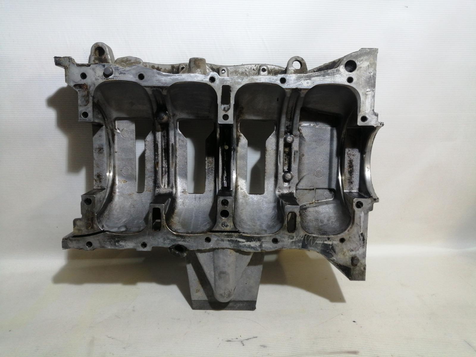 Поддон двигателя Mitsubishi Lancer CY4A 4B11 2007