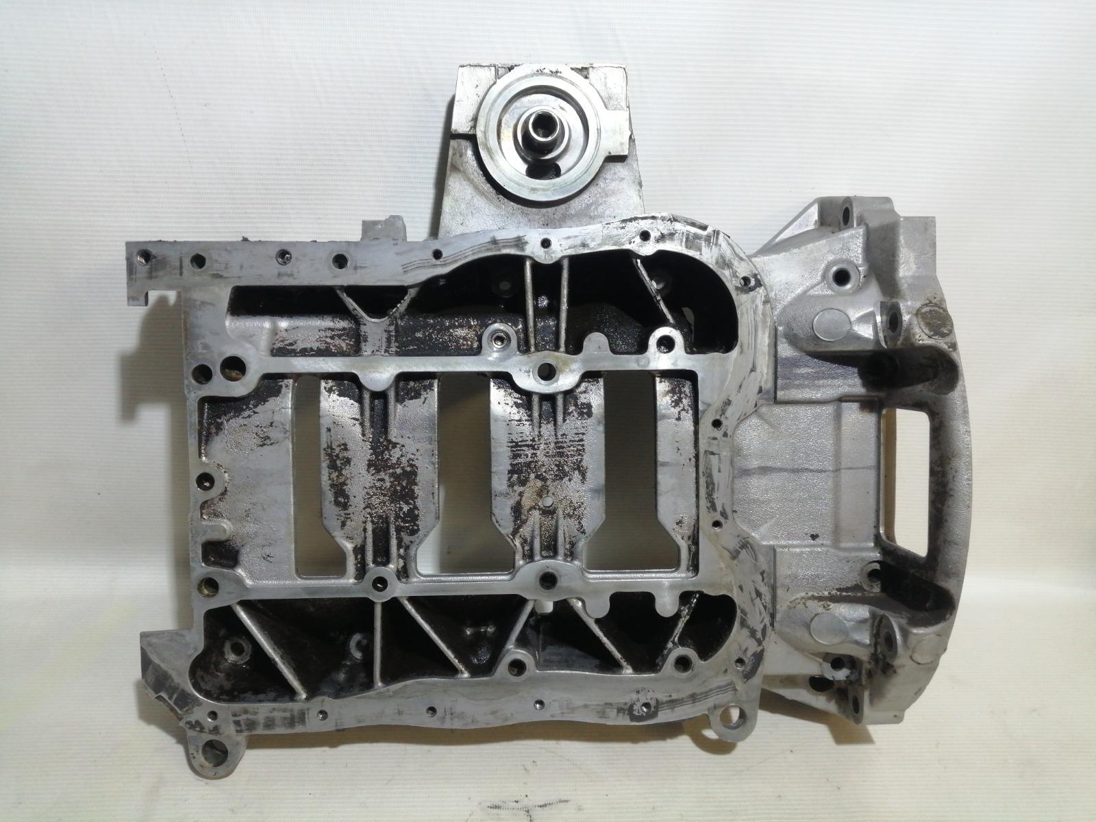 Поддон двигателя Mitsubishi Lancer CY3A 4B10 2008