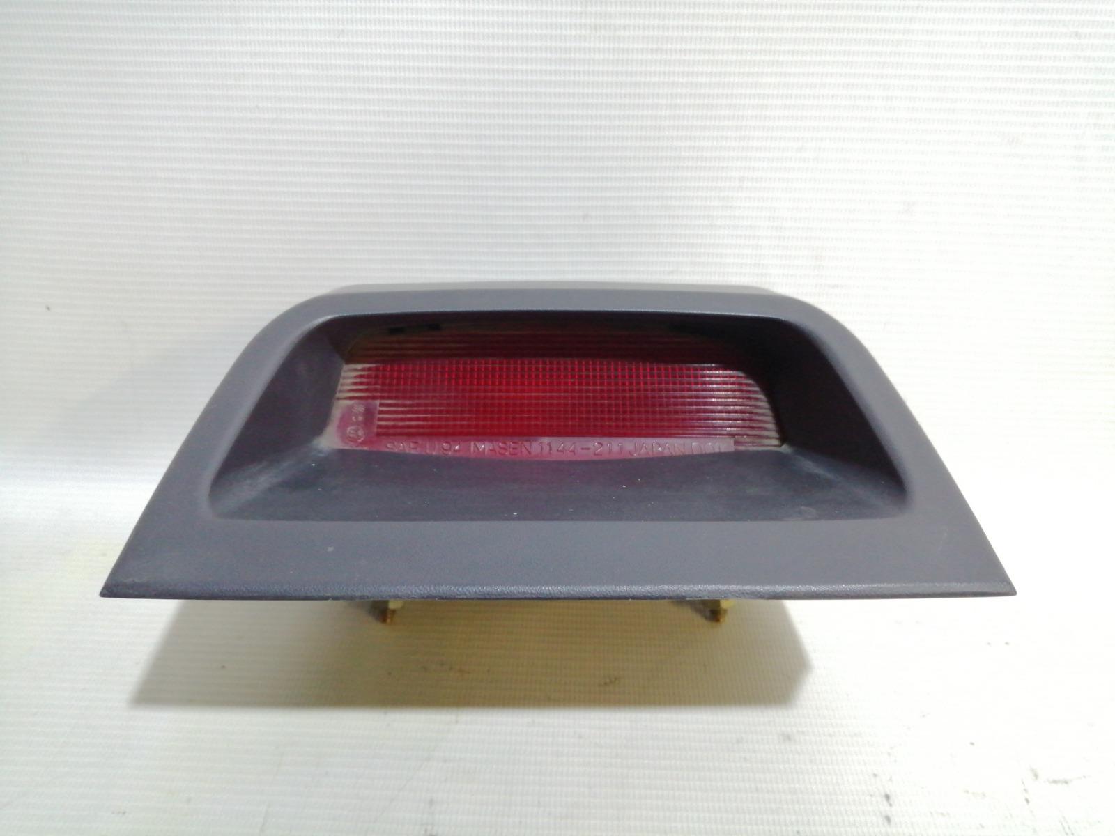 Повторитель стоп-сигнала Mitsubishi Lancer CK2A 4G15 1998