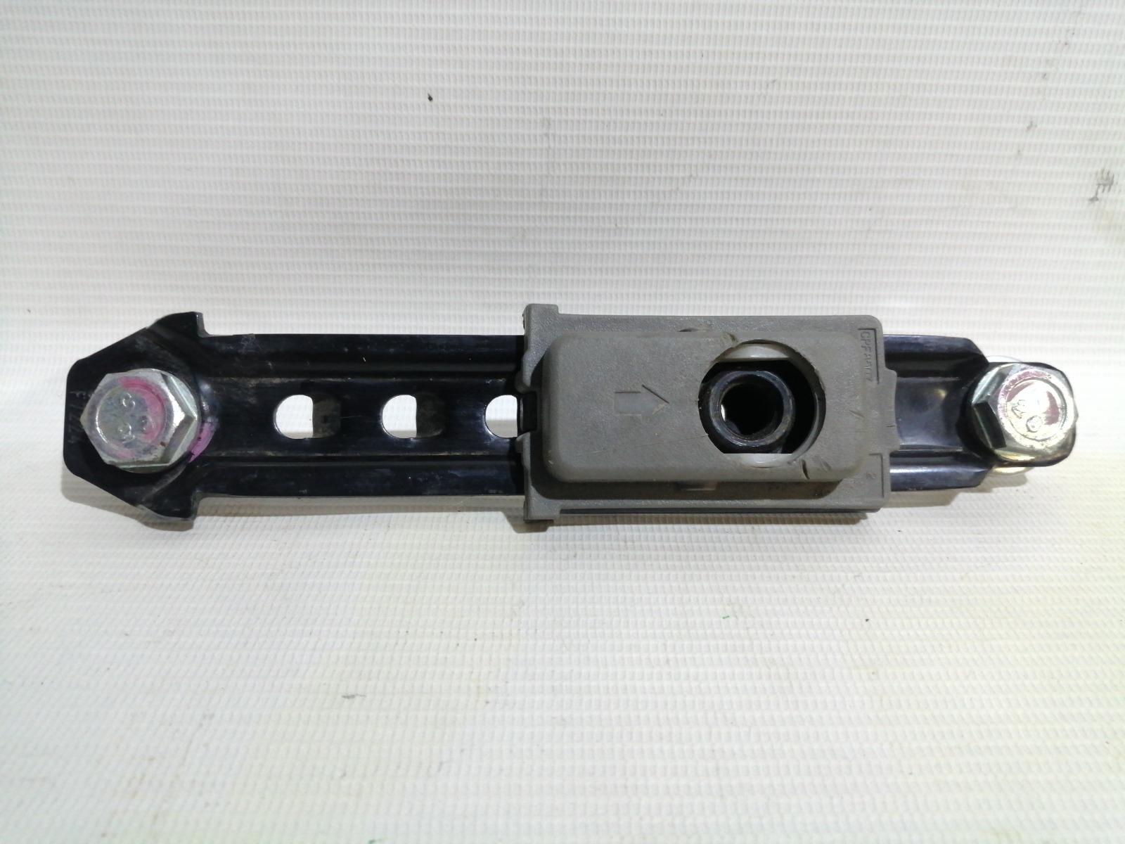 Механизм регулировки высоты ремня безопасности Chevrolet Lacetti J200 F16D3 2003