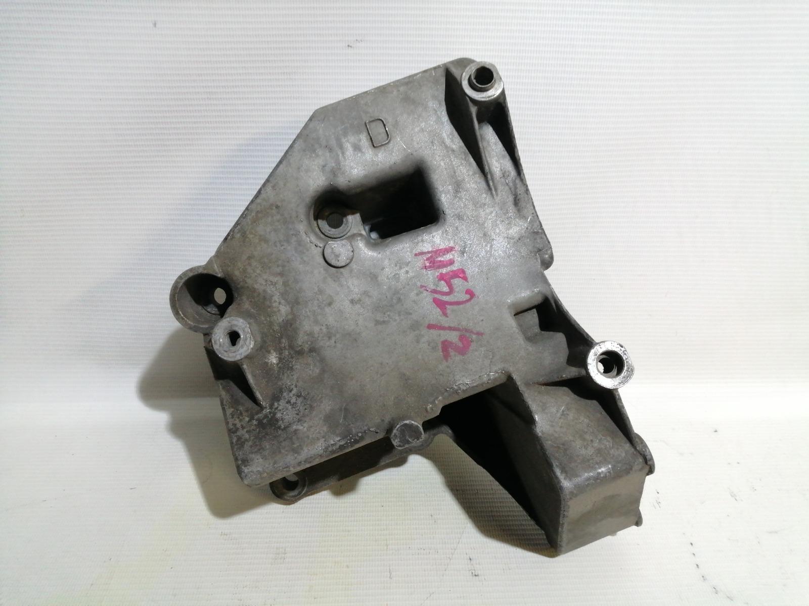 Кронштейн компрессора кондиционера Bmw 5-Series E39 M52B25 1995