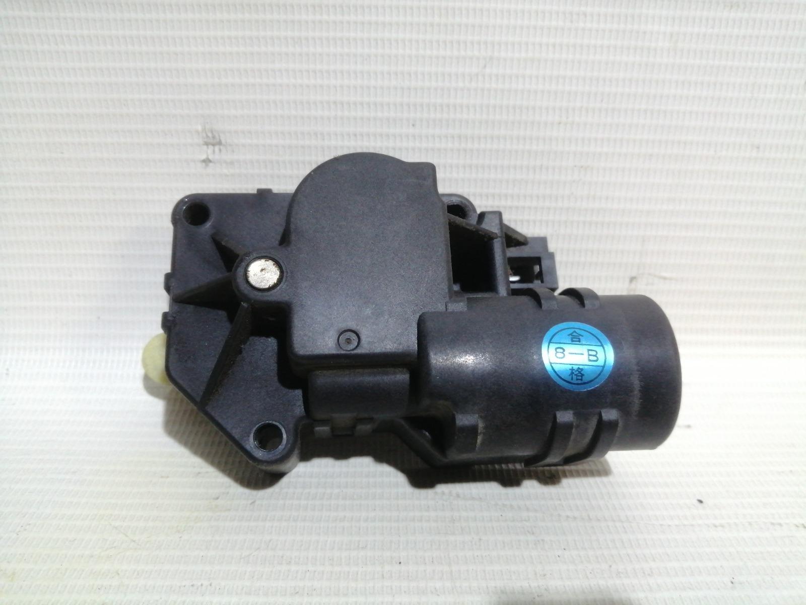 Сервопривод заслонок печки Nissan Pulsar FN15 GA15DE 1999