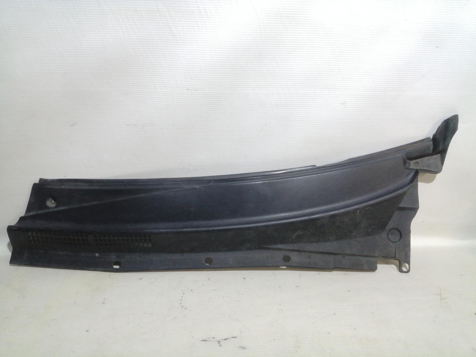 Решетка под дворники (жабо) Nissan Pulsar FN15 GA15DE 1999 левая