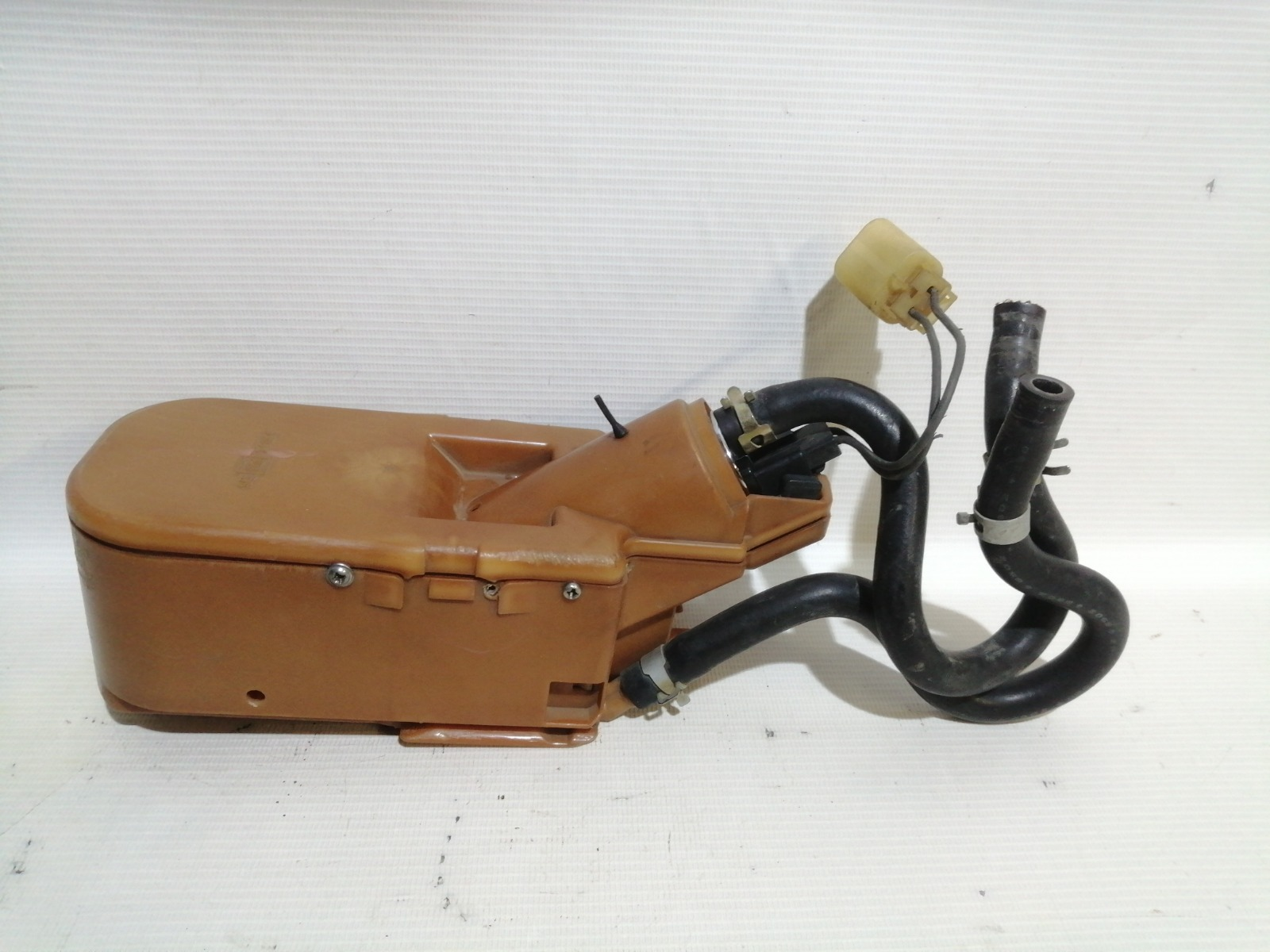 Насос топливный Nissan Pulsar FN15 GA15DE 1999