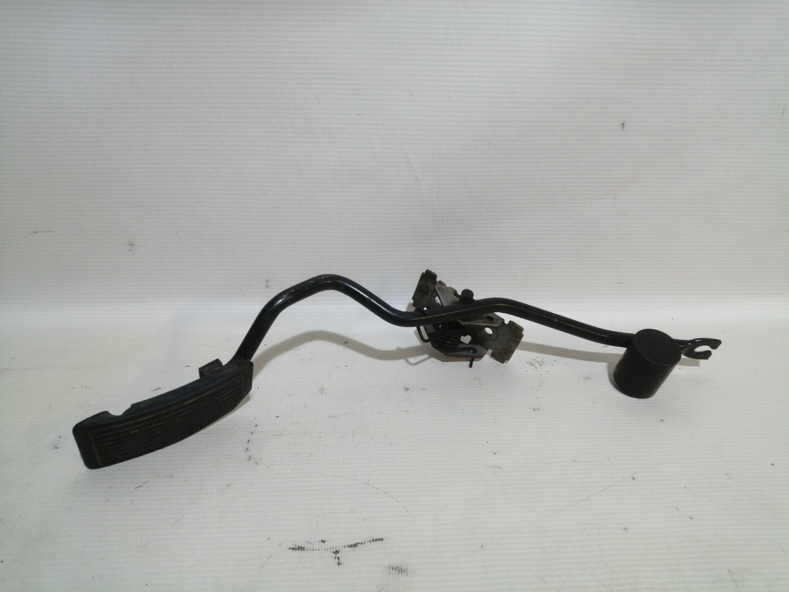 Педаль газа Nissan Pulsar FN15 GA15DE 1999