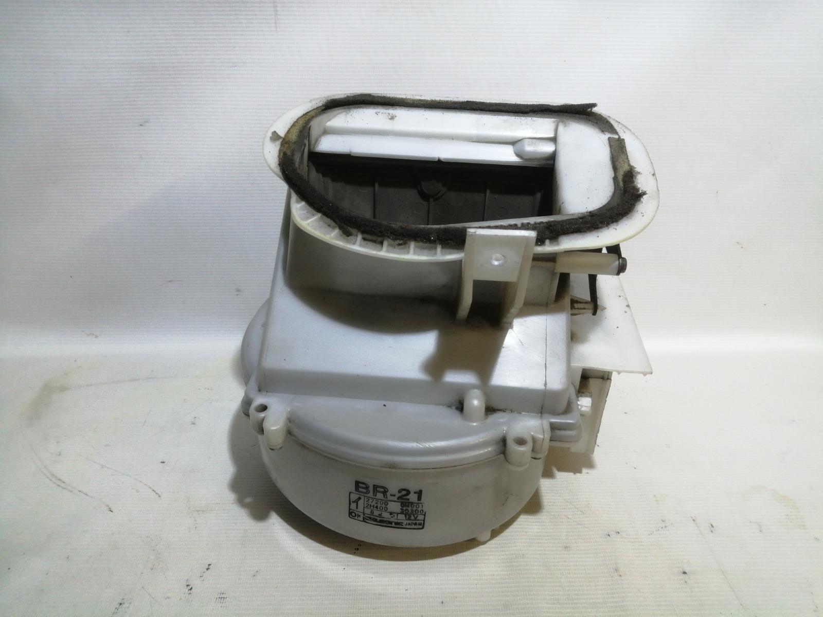 Корпус моторчика печки Nissan Pulsar FN15 GA15DE 1999