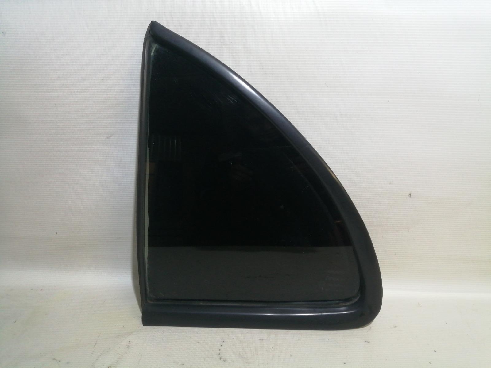 Форточка двери Nissan Pulsar FN15 GA15DE 1999 задняя левая