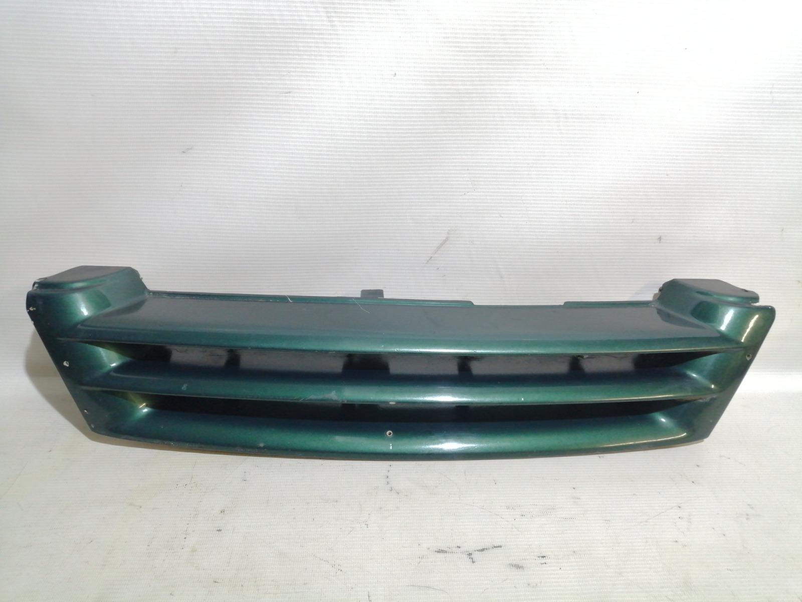 Решетка радиатора Nissan Pulsar FN15 GA15DE 1999